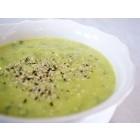 Cvetačna juha s konopljinimi semeni