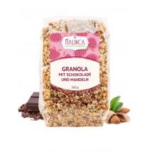 Granola mit Schokolade und Mandeln