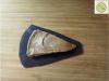 Arašidova tortica na čokoladni posteljici