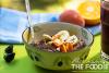 Ajdova kaša z oreščki in sadjem za zajtrk