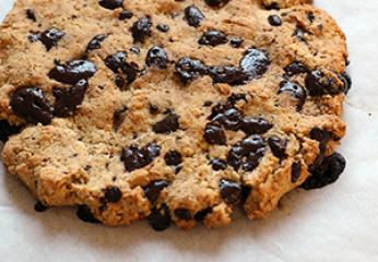 VIDEO: Low carb monster cookie