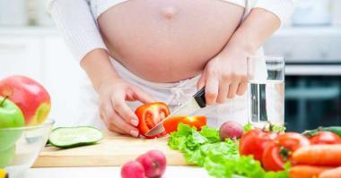 Zdrava hrana za nosečke za zdrav razvoj otroka