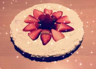 Strawberry LCHF cake