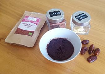 Univerzalen čokoladni preliv / namaz