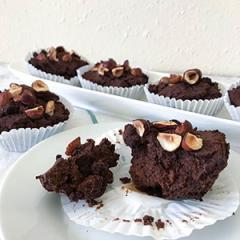 Low-carb čokoladno-lešnikovi mafini