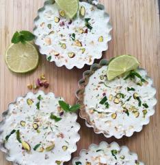 Sirova kokosova i limetina pita