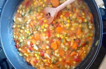 Zelenjavna omaka na hitro
