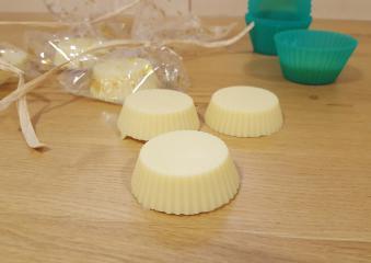 Masažne ploščice s karitejevim maslom