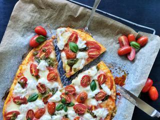 Polenta Caprese Pesto Pizza