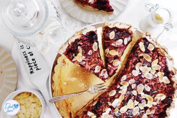 Glutenfreier Pflaumen-Apfelkuchen