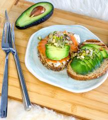 Avocado-Lachs-Brot