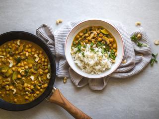 Kichererbsen und Kokos Curry