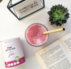 Eiskalter Pink Latte Mix