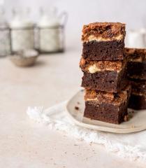 Brownies mit Cashew-Butter und einer knusprigen Kruste
