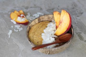 Haferbrei mit Pfirsichen
