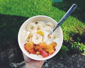 Grčki jogurt s pahuljicama