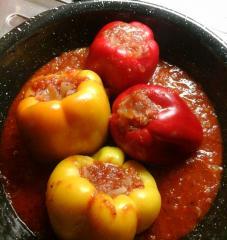 Paprike punjene lećom