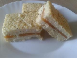 Pita od prosa sa sirom i s kakijem