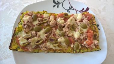 Pizza od tijesta s tikvicama