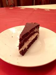 Zdrava čokoladna tortica z arašidovim maslom