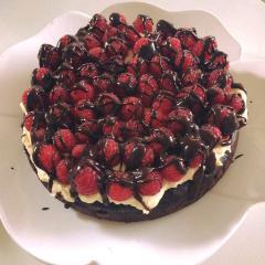 Malinina tortica brez moke in glutena
