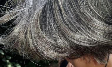 Povrnite lasem naravno barvo!