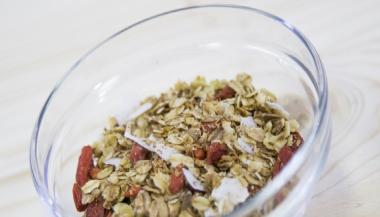 VIDEO: Domaća granola kokos
