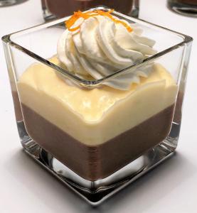Čokoladni mousse s pomarančno kremo (brez glutena)