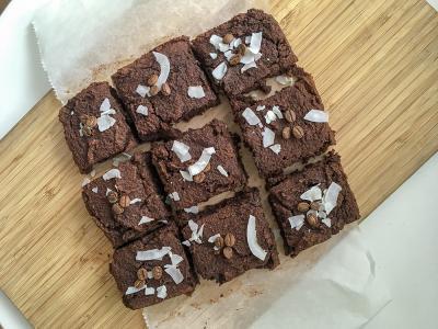 Zdravi veganski čokoladno kavni browniji