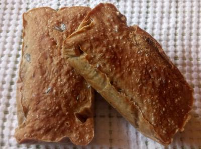 Kruh z gazirano vodo