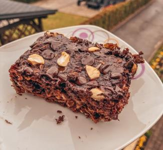 Hafer-Brownies mit Cashewnüssen