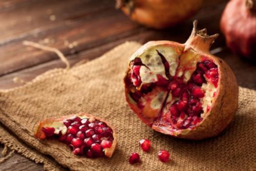 Granatno jabolko - tako bogato kot njegov okus