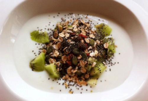 Doručak ražene pahuljice i goji bobice