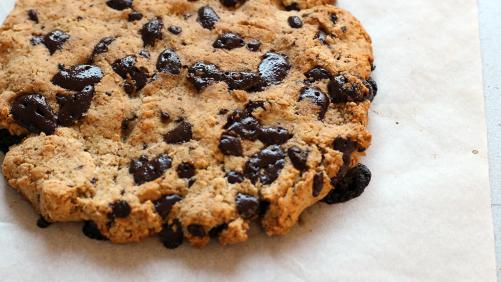 VIDEO: LCHF Monster Cookie