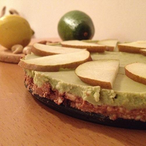 Brezgrešna avokadovo-limonina presna tortica