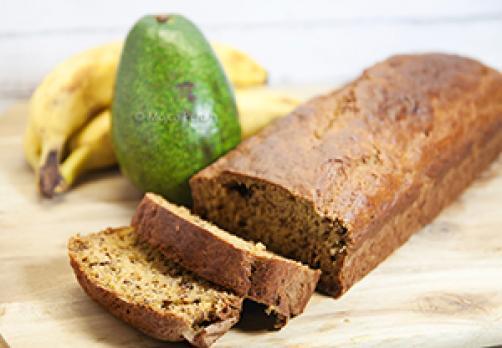 Bananin-avokadov kruh