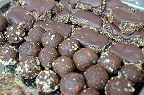 Proteinske kroglice s konopljinimi semeni