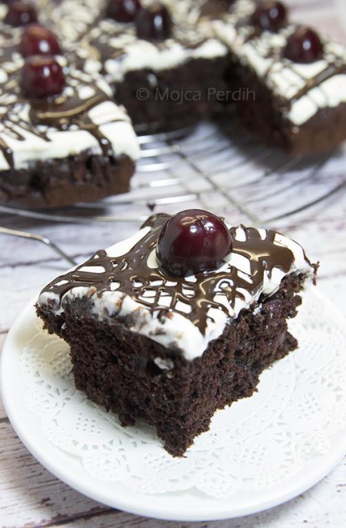 Čokoladni kolač s češnjami