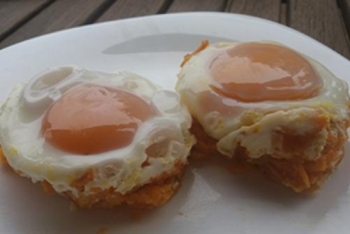 Jajčka s sladkim krompirčkom