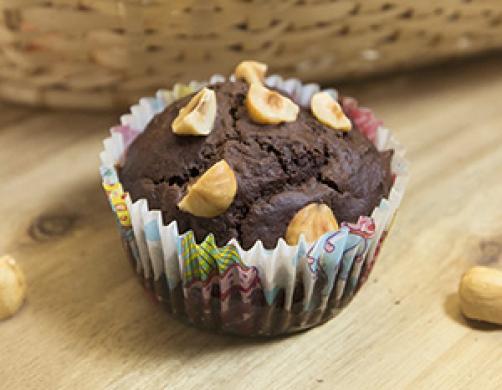 Čokoladni muffini z lešniki