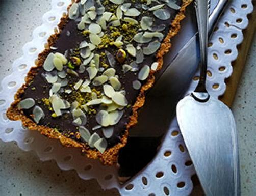 Čokoladna tortica z mandlji
