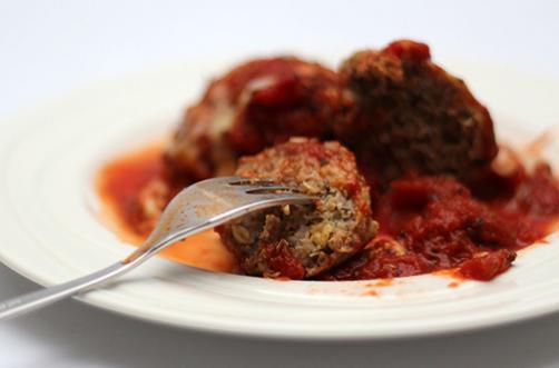 VIDEO: Čufti v paradižnikovi omaki