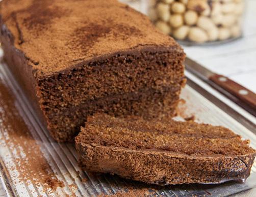 Čokoladno lešnikov polentin kolač