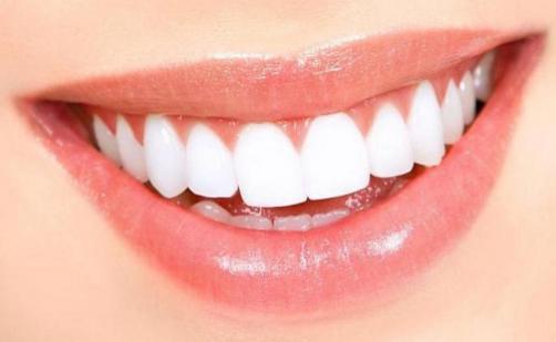 Nasveti za zdrave dlesni in popoln nasmeh
