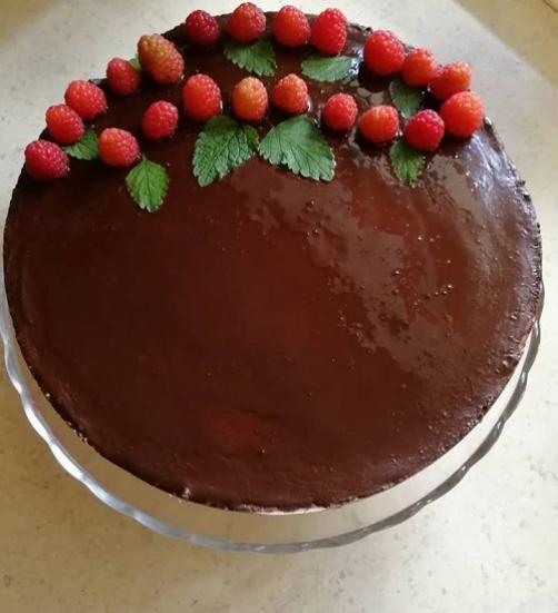 Lchf veganska čoko-malina torta