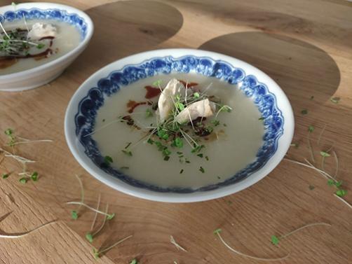 Cvetačna juha s chio
