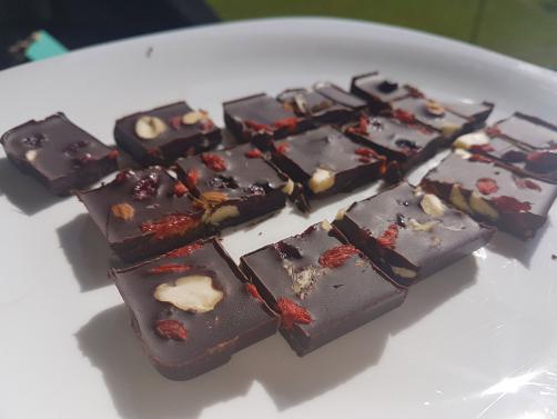 Domača čokolada z dodatki