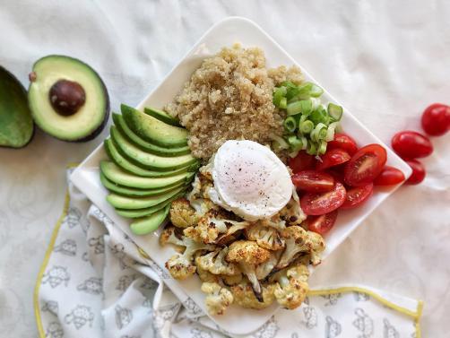 Kvinojin solatni krožnik