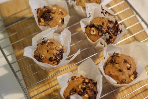 Pirini kolački s čokoladnimi koščki in lešniki