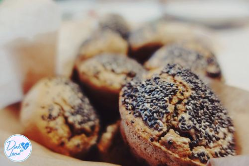 Rženi chia muffin kruhci